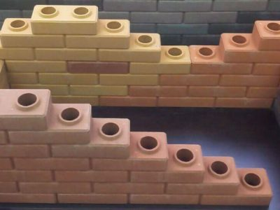 Преимущества и недостатки кирпичей в форме конструктора