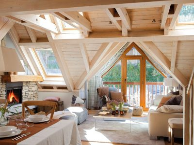 Дом с мезонином — обустройте себе дополнительный этаж прямо под крышей