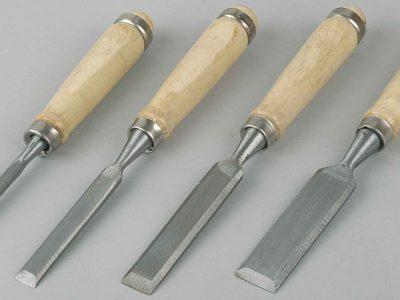 Как использовать деревянное долото